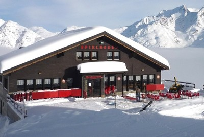 Luxury chalets and hotels in Saas Fee, Switzerland