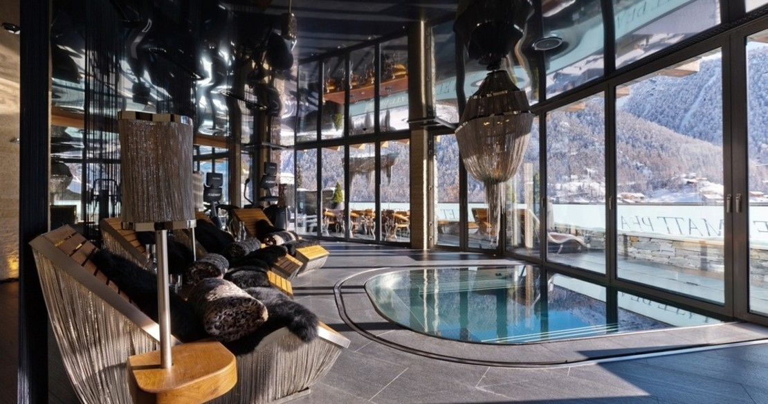 Luxury ski chalets with hot tub don't come much finer than Zermatt Peak