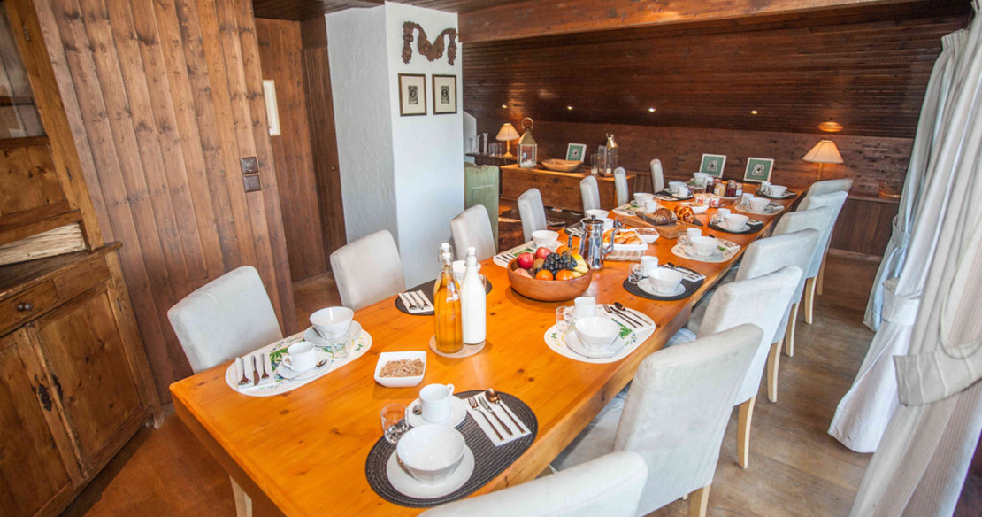 Luxury Chalet Ker Praet Verbier - dining room table