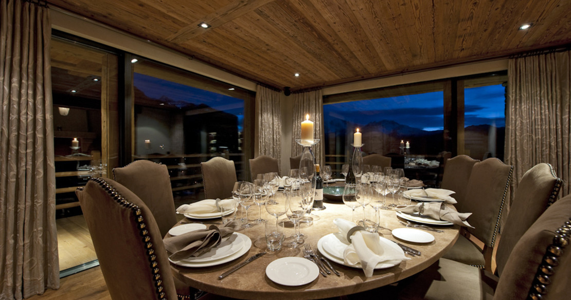 The Alpine Estate Verbier - Chalet Norte dining room