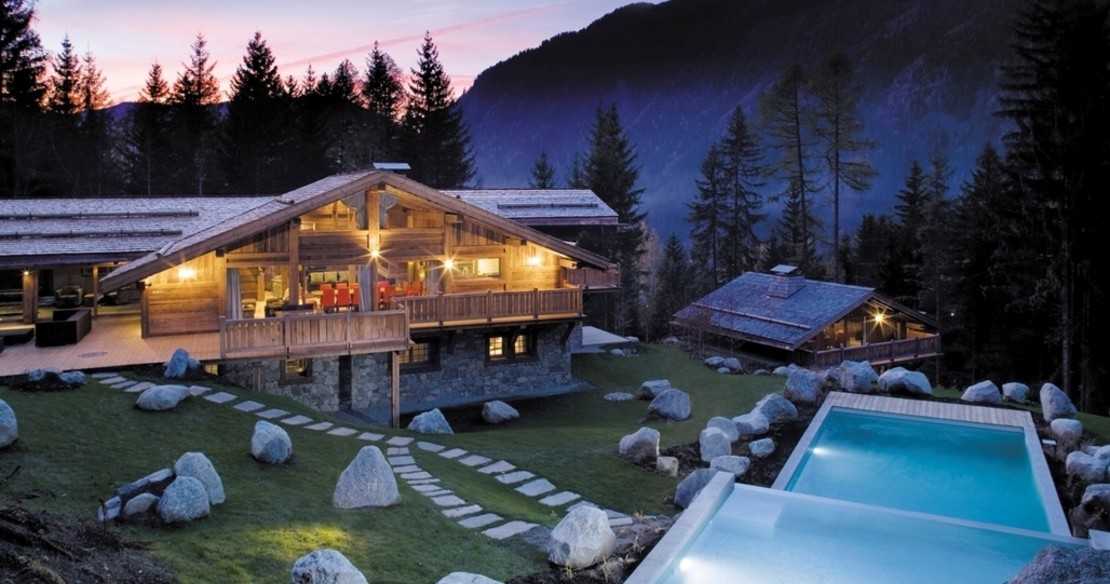 Amazon Creek Chamonix - exterior