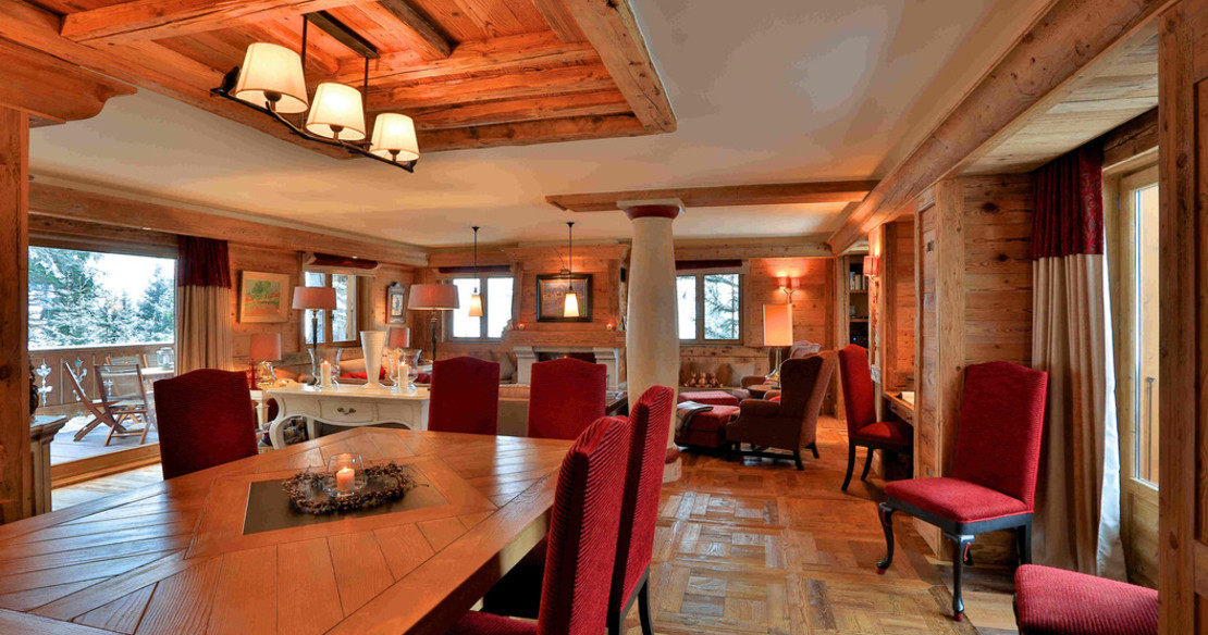 Chalet Trois Ours Meribel - dining table