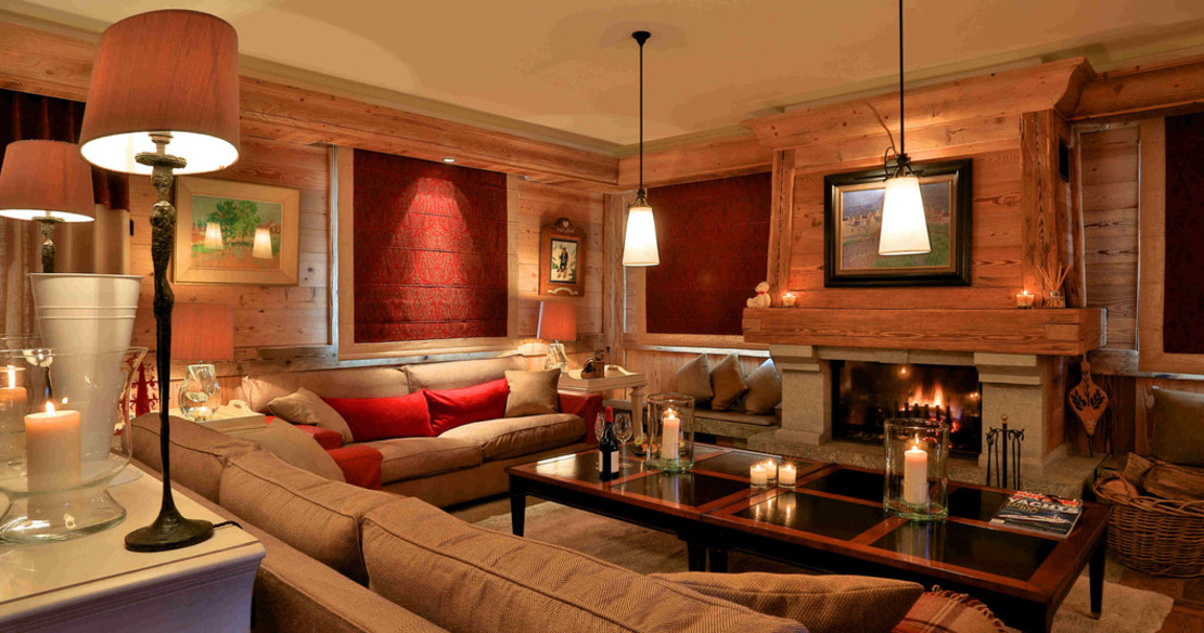 Chalet Trois Ours Meribel - sitting room