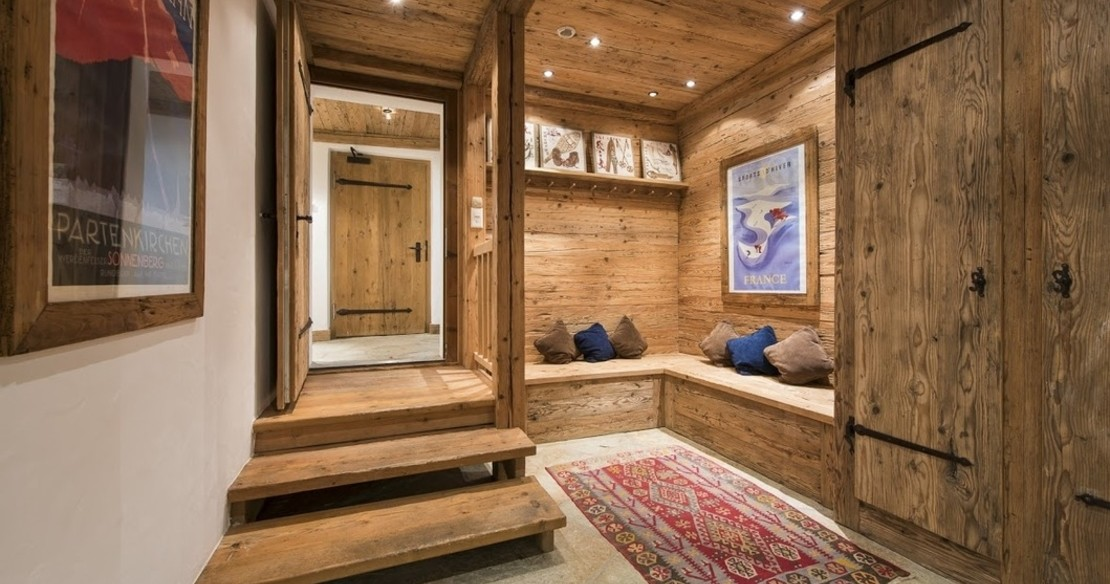 Luxury Chalet Le Ti Verbier - entrance