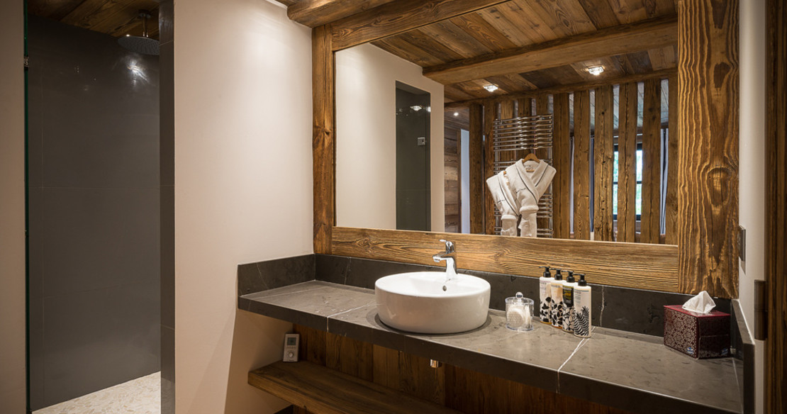 Chalet Shar Pei - Bathroom