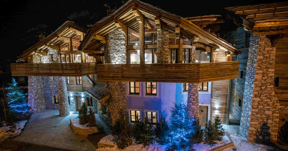 Chalet Face Val d'Isere - exterior of the chalet at night