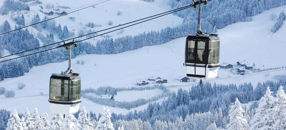 Christmas ski deals - choose a resort with good snow record