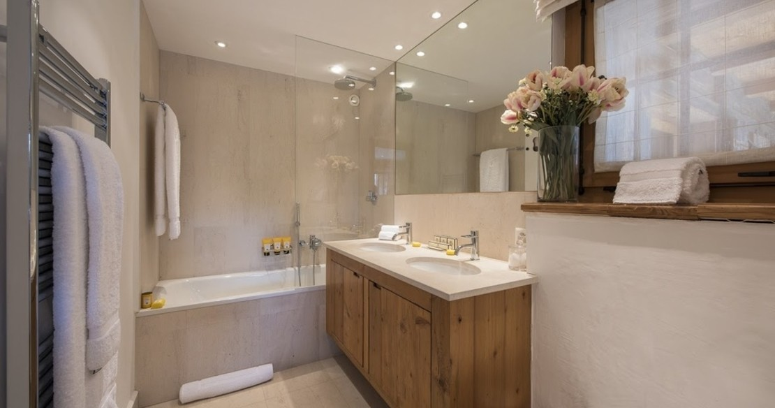 Chalet Fontanet - bathroom