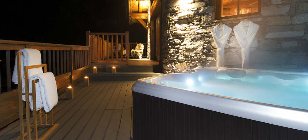Chalets in Val d'Isere with hot tub - Chalet Arosa