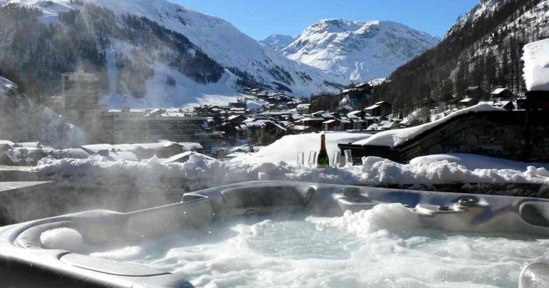 Chalets in Val d'Isere with hot tub - Chalet Grand Sassiere