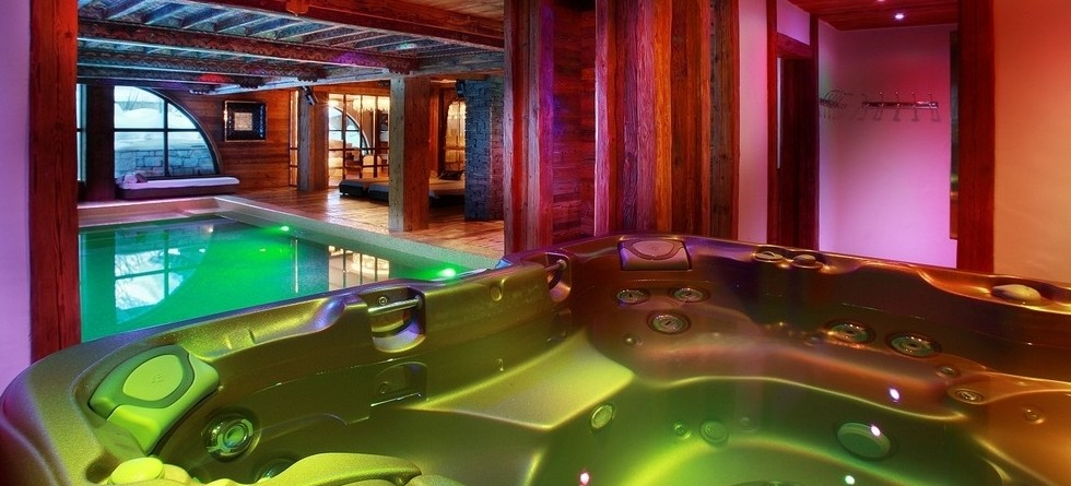 Chalets in Val d'Isere with hot tub - Chalet Marco Polo