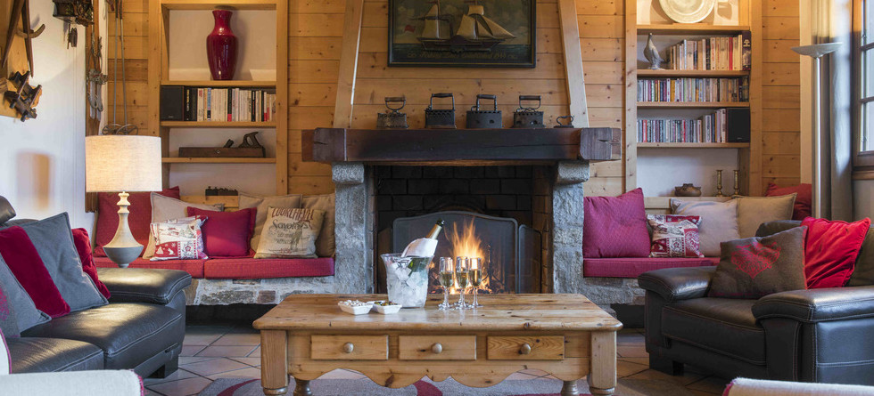 Chalet Founets Amont Courchevel 1850 - fireplace