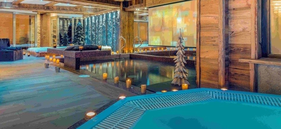 Chalets in Val d'Isere with hot tub - Chalet L'Hotse