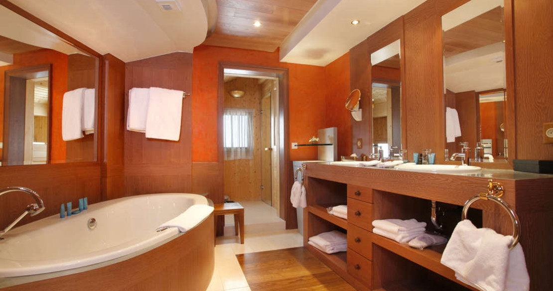 Hotel Annapurna Courchevel 1850 - bathroom