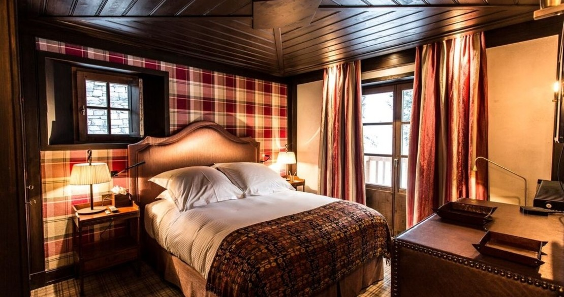 Chalet Ebene, Val d'Isere, double bedroom
