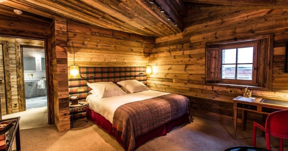 Chalet Chene, Val d'Isere, large double bedroom