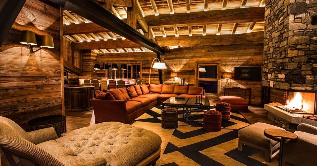 Chalet Chene, Val d'Isere, fireplace