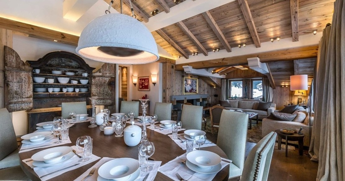 Chalet Bastidons, Courchevel 1850, dinner place settings
