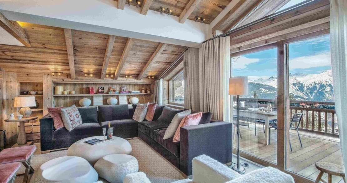 Chalet Cryst'Aile, Courchevel 1850, luxury sitting room