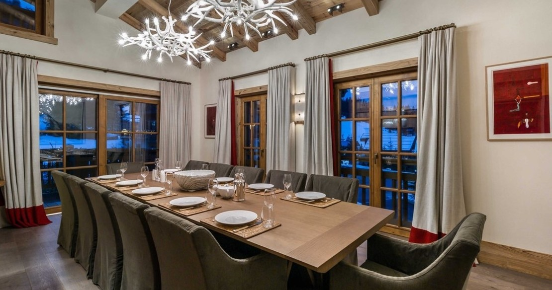 Chalet Nanuq, Courchevel 1850, the dining table