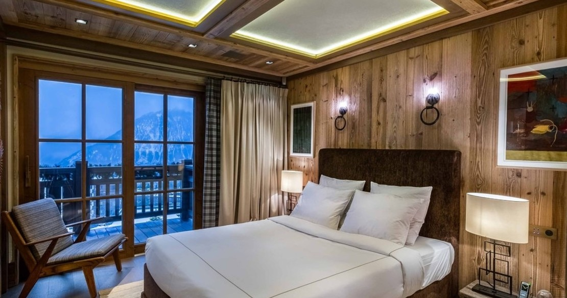Chalet Nanuq, Courchevel 1850, double bedroom