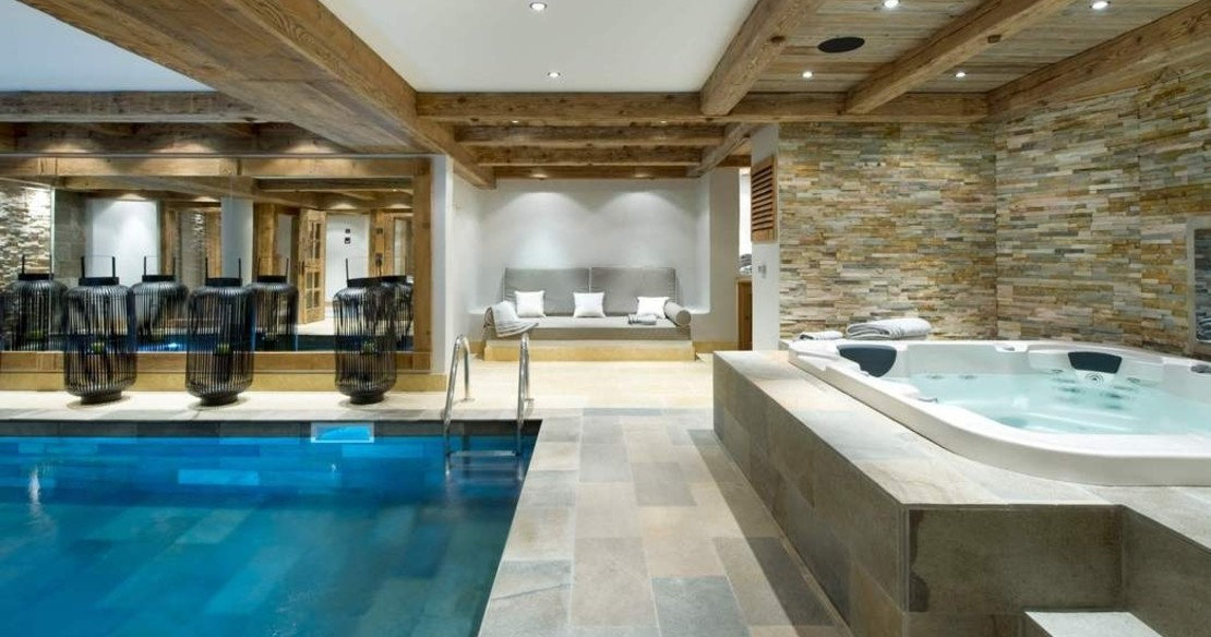 Le Petit Chateau in Courchevel