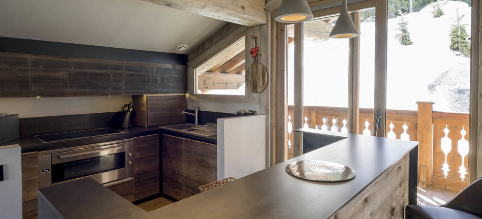 Chalet Colombe Courchevel kitchen
