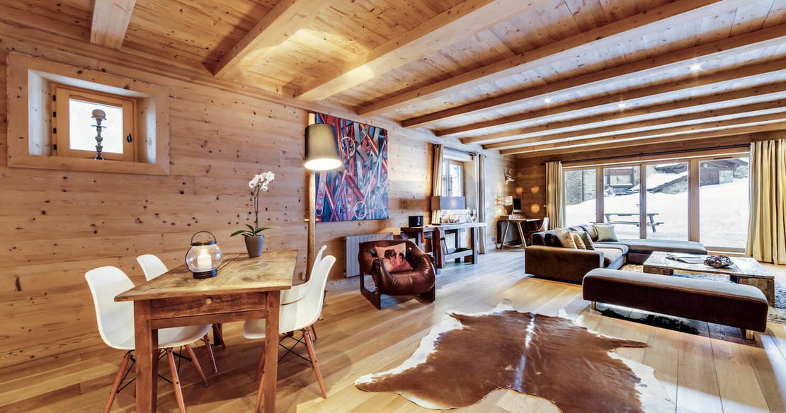 Chalet Sarire - sitting room